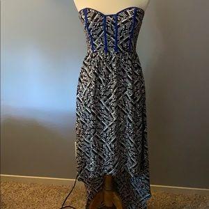 Black/White high low dress w/ Blue | Size S/P |